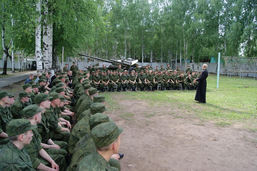 Проведена встреча призывников и руководителя епархиального отдела по взаимодействию с вооруженными силами