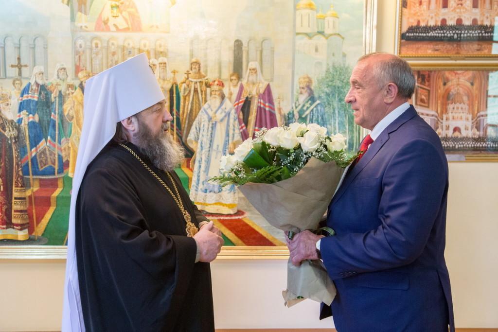 Глава Удмуртской Республики поздравил управляющего Ижевской епархией с возведением в сан митрополита