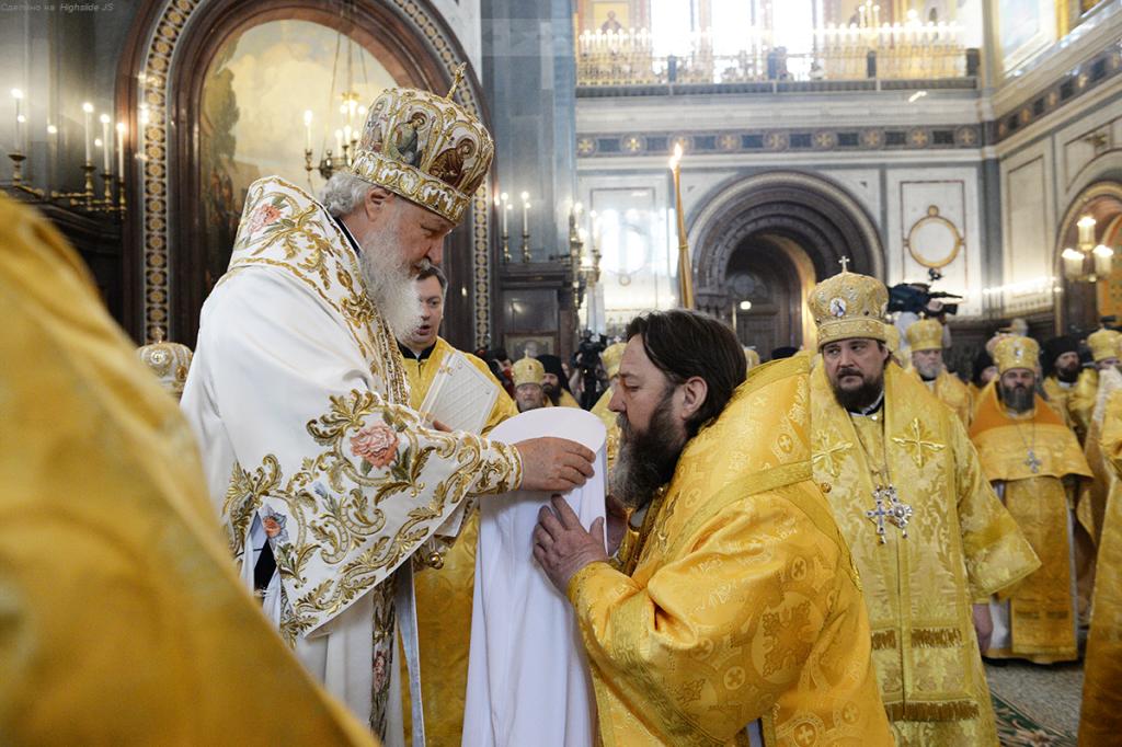 Святейший Патриарх Кирилл возвел в сан митрополита епископа Ижевского и Удмуртского Викторина