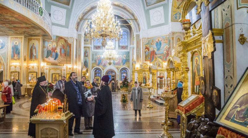 Кафедральный храм г. Ижевска посетил известный оперный певец В. А. Маторин