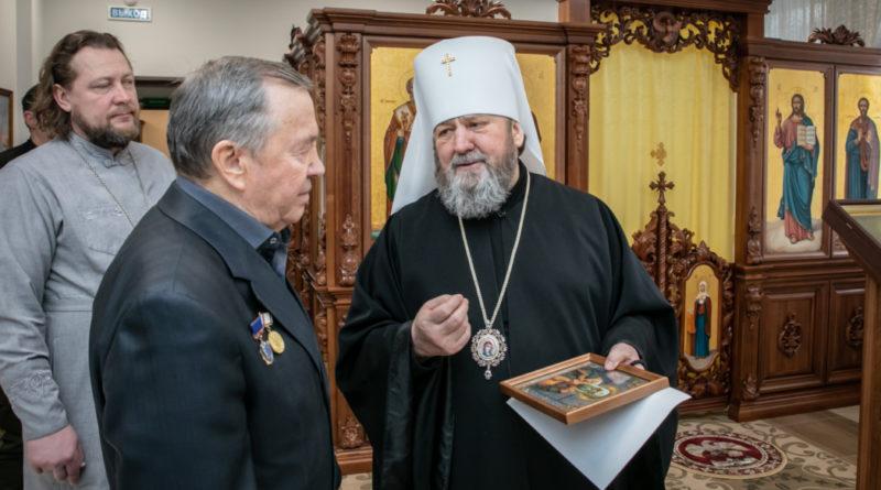 Правящий архиерей встретился с директором ижевского музея Суворова