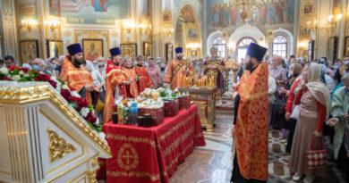 Заупокойное богослужение в день Радоницы